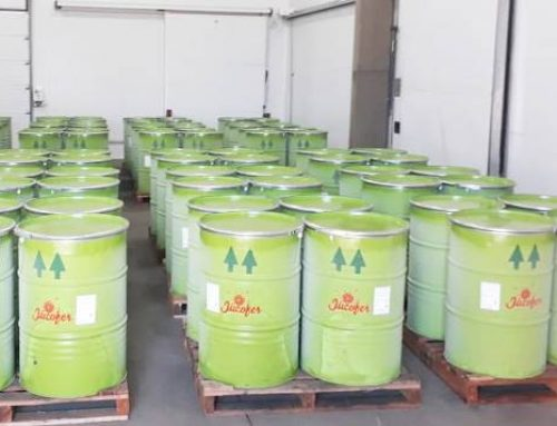 JuCoFer realizó su primer exportación de jugo concentrado a España