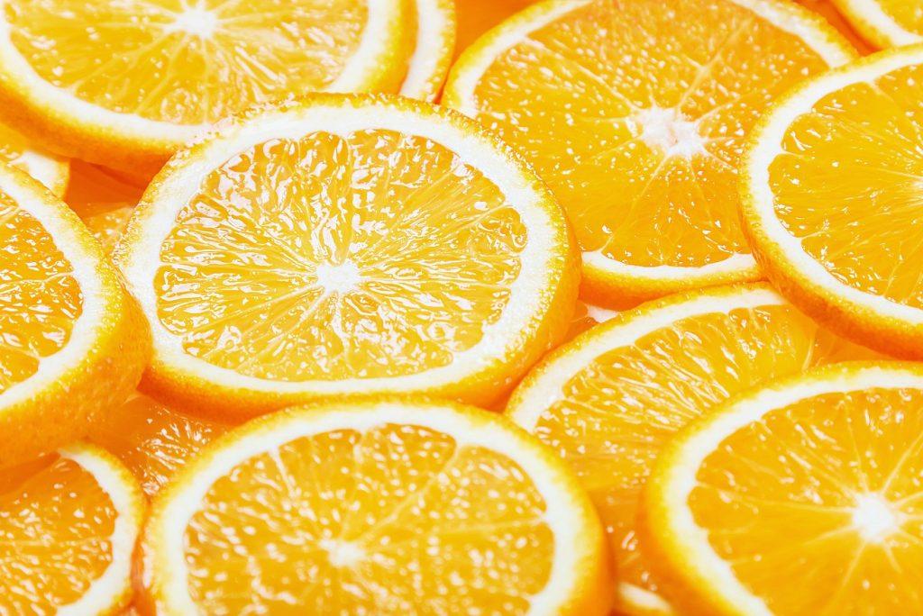 Producción de naranja global caería en casi 8 millones de toneladas